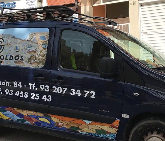 Rotulacion-vehiculos-gaudi-toldos
